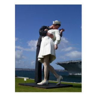 La estatua del beso tarjetas postales