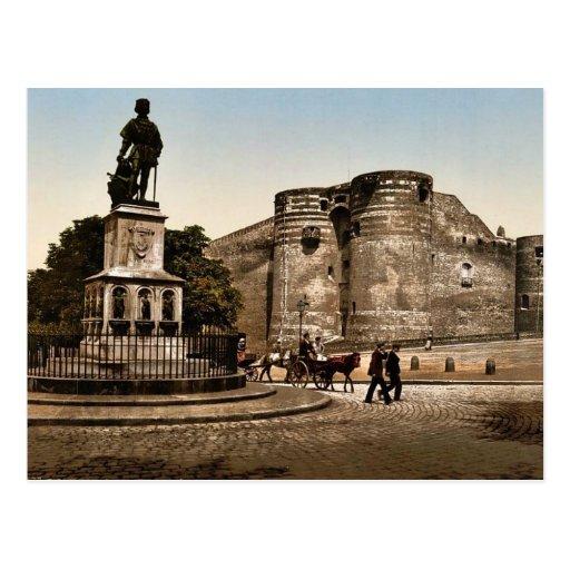 La estatua y el castillo de rey Rene, enoja, cla d Tarjeta Postal
