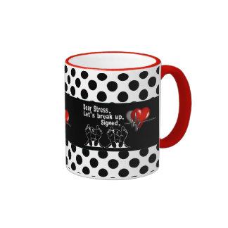 La estimada tensión nos dejó romper para arriba la tazas de café