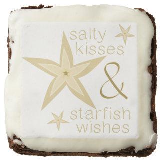 La estrella de mar salada de los besos desea los