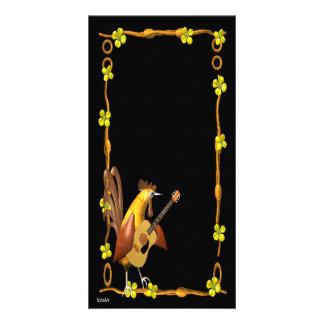 La estrella del rock de la guitarra del gallo invi tarjetas fotograficas personalizadas