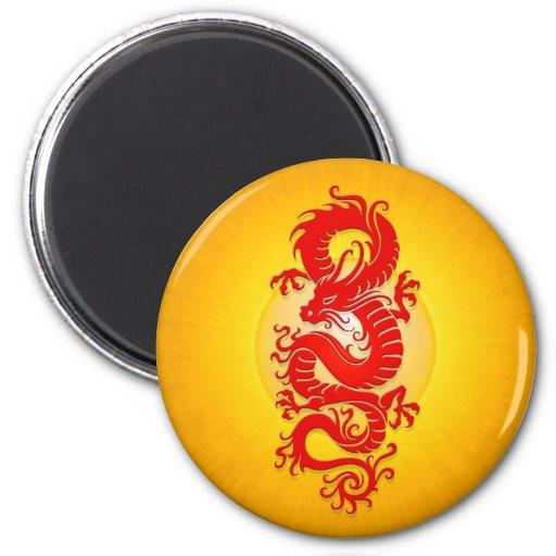 La estrella estalló el dragón chino, el rojo y el  imán de frigorifico