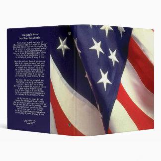La estrella Spangled la carpeta de la bandera