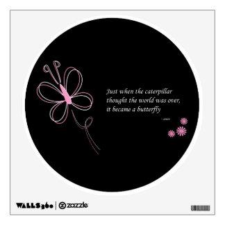 La etiqueta de la pared de la cita de la mariposa