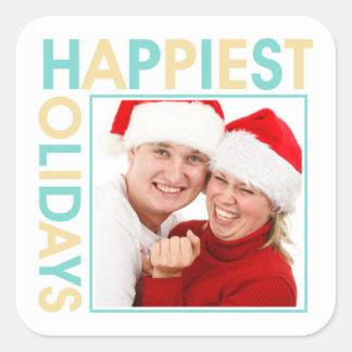 La etiqueta más feliz del regalo del navidad de la