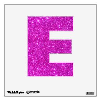 La etiqueta rosada de la pared de la chispa del vinilo adhesivo