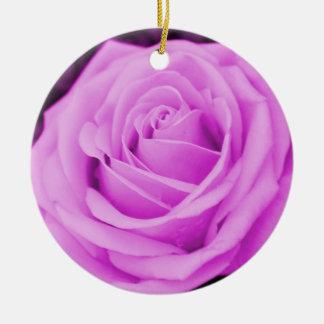 La experiencia color de rosa púrpura adorno para reyes
