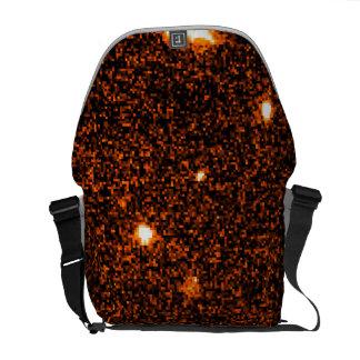 La explosión GRB 970228 del rayo gama aparece orig