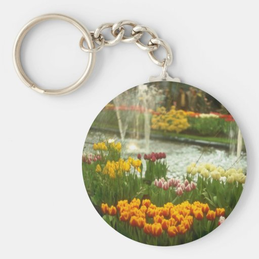 La exposición roja de la flor, bulbos de la primav llavero redondo tipo pin