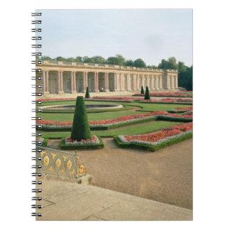La fachada del jardín del Trianon magnífico 1687 Cuadernos