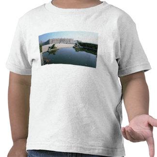 La fachada del oeste o del jardín vista del camiseta