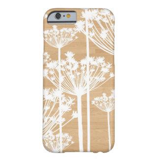 La falsa madera florece el estampado de flores funda de iPhone 6 barely there