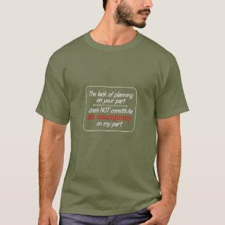 La falta de la camiseta de los hombres del
