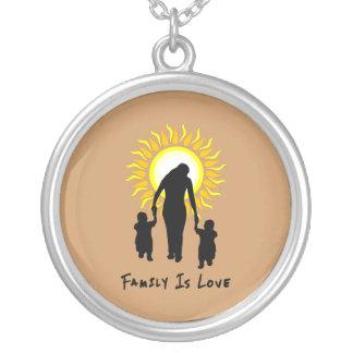 La familia es amor Sun Collares Personalizados