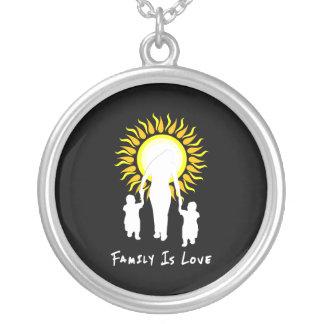 La familia es amor Sun Joyerías