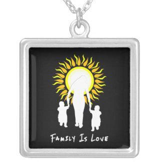 La familia es amor Sun Pendientes