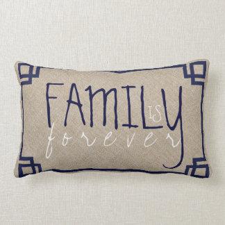 La familia es para siempre lino beige y marco azul cojín