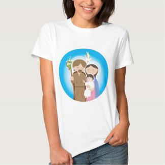 La familia santa camisas