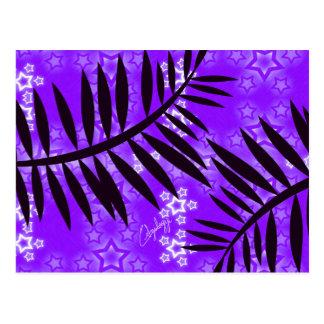 La fantasía protagoniza el fondo de la púrpura de postales