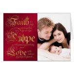 La fe, esperanza, ama el rojo, tarjeta de Navidad