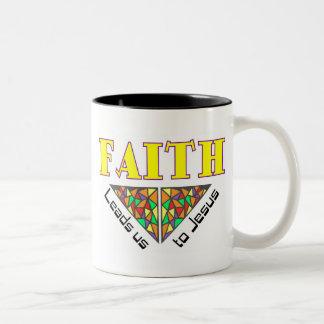 La fe nos lleva a Jesús Taza De Dos Tonos