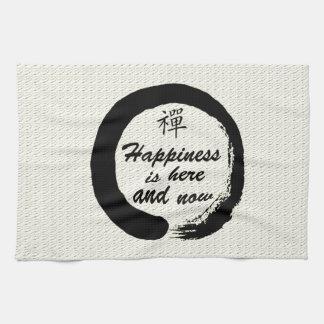 La felicidad aquí y ahora está toalla de cocina