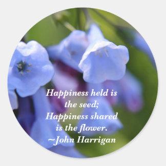 La felicidad compartida es una flor pegatina redonda