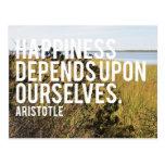 La felicidad depende de nosotros mismos postal