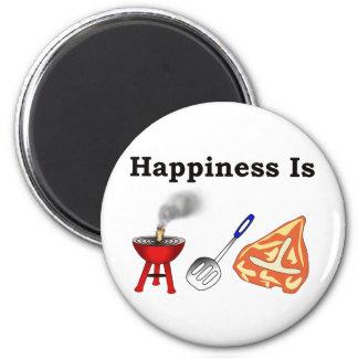 la felicidad es una espátula de la parrilla y una  imanes de nevera