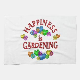 La felicidad está cultivando un huerto toalla de cocina