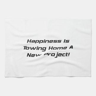 La felicidad está remolcando a casa un nuevo proye toalla