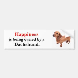 La felicidad está siendo poseída por un Dachshund  Pegatina Para Auto
