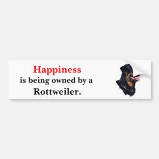 La felicidad está siendo poseída por un Rottweiler Pegatina Para Auto