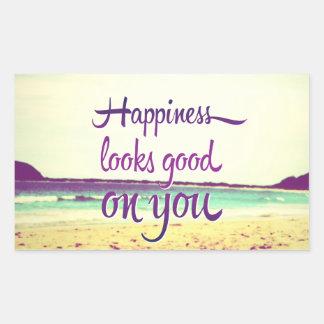 La felicidad parece buena en usted pegatina rectangular