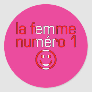 La Femme Numéro 1 - Number 1 Wife in Canadian Classic Round Sticker