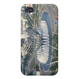 "La feria 1964 de mundo de Nueva York - ""Unisphere"" iPhone 4 Fundas"