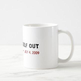 La fianza usted mismo hacia fuera asalta tazas de café