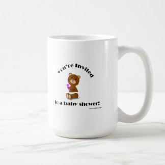 La fiesta de bienvenida al bebé del oso invita a l taza de café
