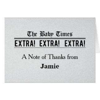 La fiesta de bienvenida al bebé del periódico del tarjeta pequeña