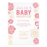 La fiesta de bienvenida al bebé floral rosada y an invitaciones personales