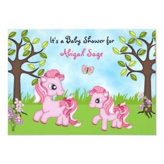 La fiesta de bienvenida al bebé rosada del caballo invitación 12,7 x 17,8 cm