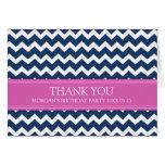 La fiesta de cumpleaños azul rosada de Chevron le  Felicitaciones