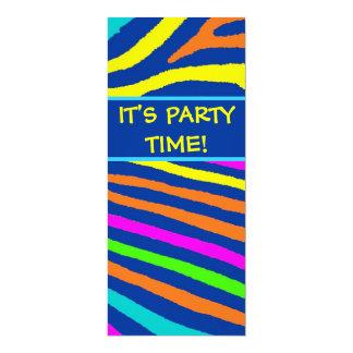 La fiesta de cumpleaños brillante de neón de las invitación 10,1 x 23,5 cm