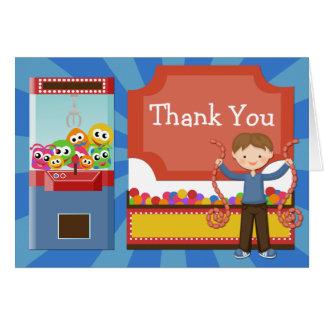 La fiesta de cumpleaños de la arcada le agradece tarjeta pequeña