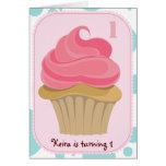 La fiesta de cumpleaños de la magdalena invita tarjeta de felicitación