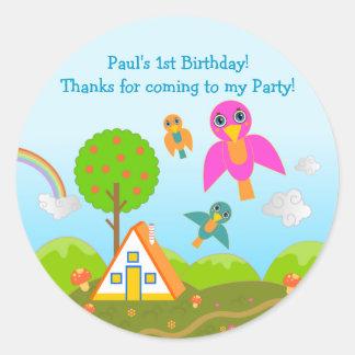 La fiesta de cumpleaños de los pájaros le agradece pegatina redonda