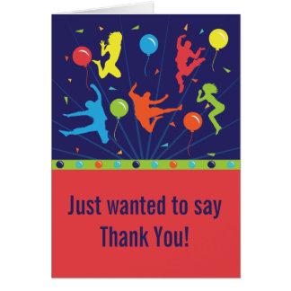 La fiesta de cumpleaños del trampolín le agradece  tarjeta pequeña