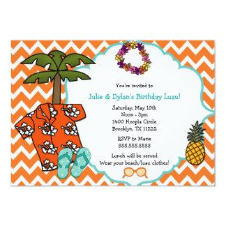 """La fiesta de cumpleaños hawaiana de Luau invita a Invitación 5"""" X 7"""""""