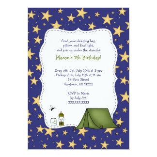 La fiesta de cumpleaños que acampa invita invitacion personal