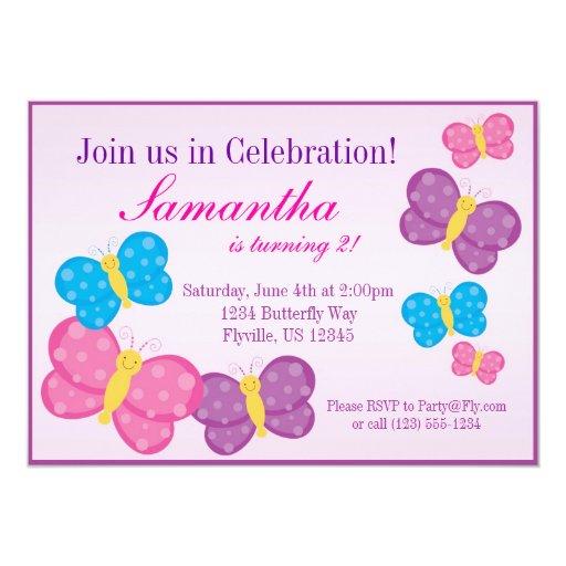 La fiesta de cumpleaños rosada de la mariposa del invitación 12,7 x 17,8 cm